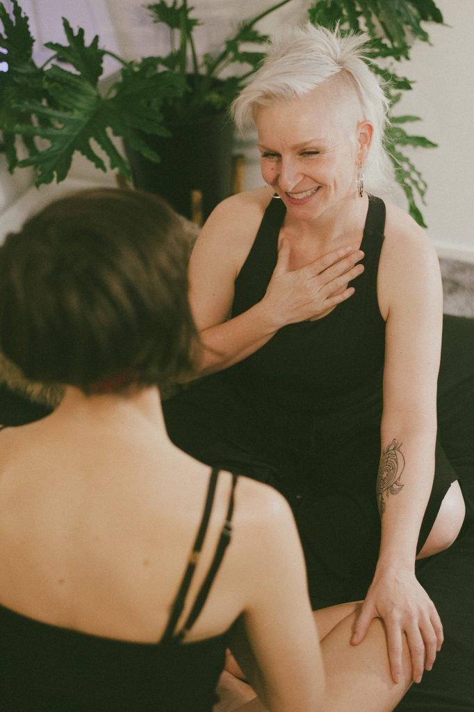 luna tantra massage melbourne photo